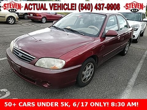 Pre-Owned 2003 Kia Spectra  FWD 4D Sedan