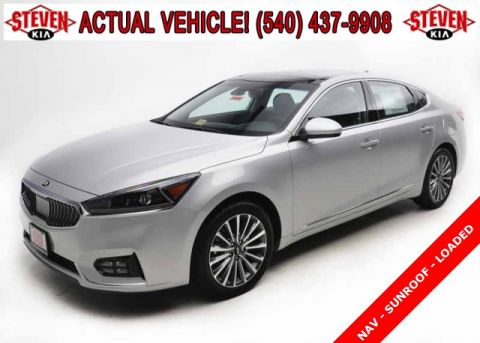 New 2017 Kia Cadenza Technology FWD 4D Sedan