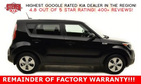 Pre Owned 2016 Kia Soul Base FWD 4D Hatchback